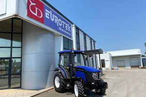 Tracteur LOVOL - 50cv - Cabine panoramique climatisée