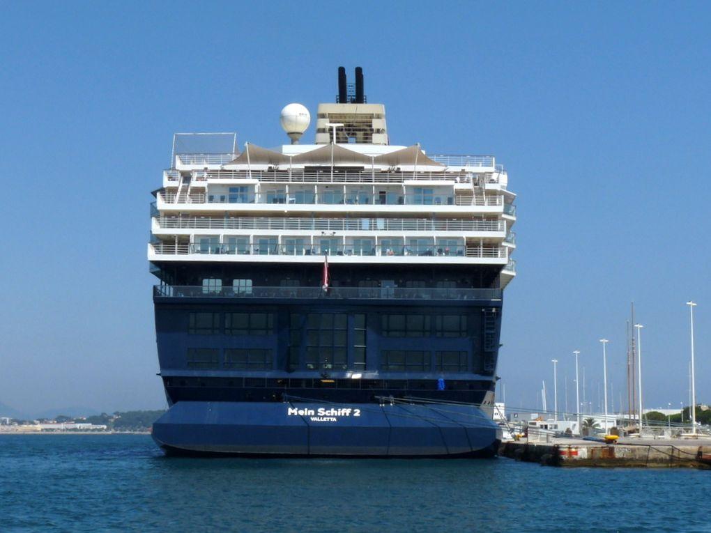 MEIN SCHIFF 2 , à quai à la Seyne sur Mer le 30 juin 2015