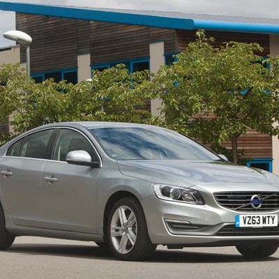 Volvo S60 et V60 couronnées Best Premium Car of the Year