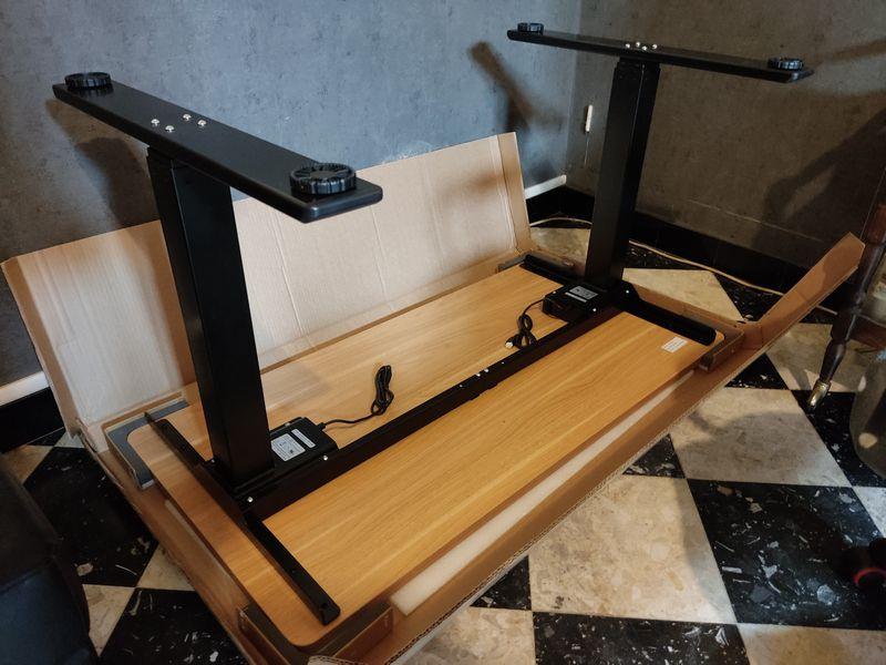installation du bureau assis-debout électrique FlexiSpot EQ5 @ Tests et Bons Plans