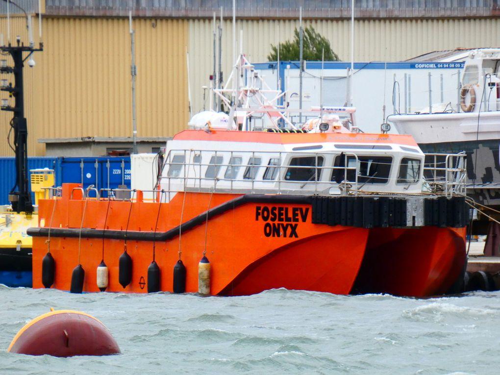FOSELEV ONYX a quai à la Seyne sur mer le 20janvier 2020