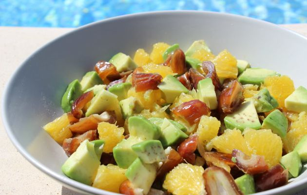 SALADE AGRUMES AVOCAT DATTES