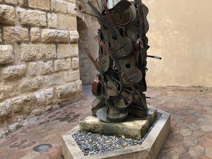 A ma jolie.  Hommage à Picasso – (1982) – Bronze, double platine - Arman