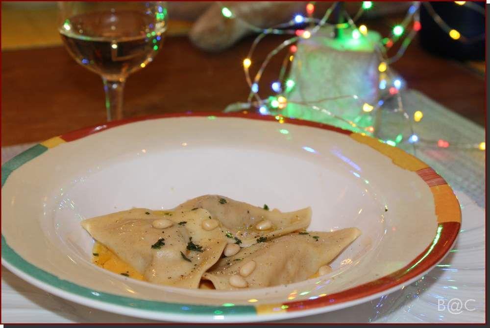 Raviolis maison au foie gras et courge rôtie au four
