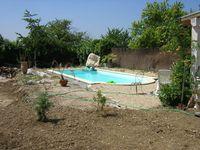Jardin et terrasse à Camblanes