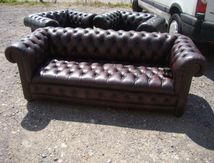 SALON CHESTERFIELD CUIR (VENDU)