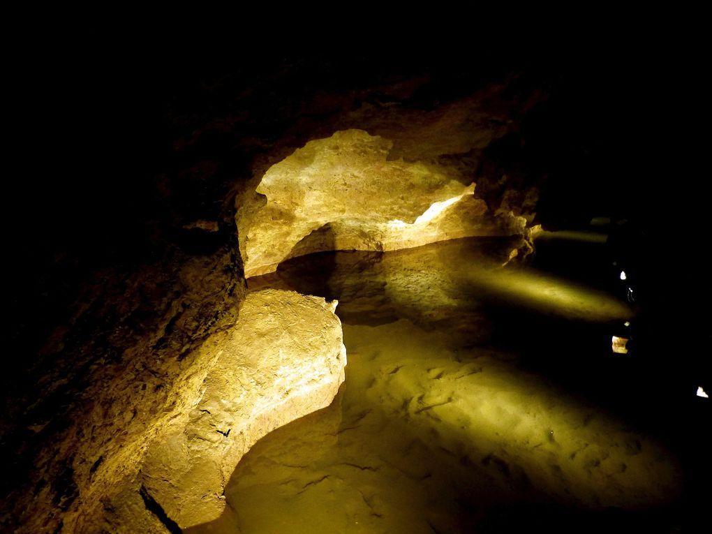 Les Grottes d'Azé