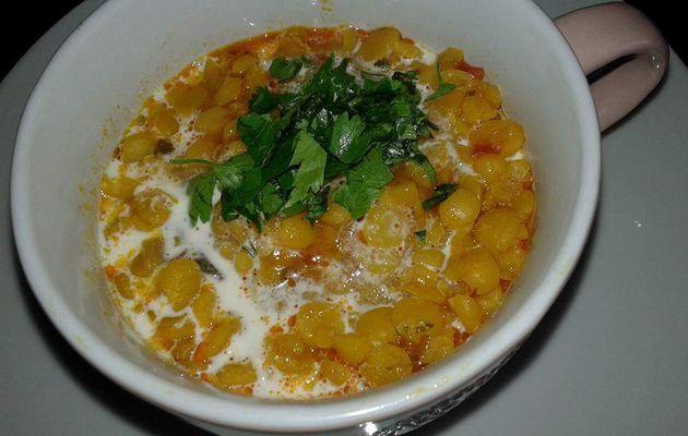Dahl au curry & soupe de lentilles corail (recette indienne)