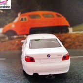 BMW 545I BLANCHE SIKU 1/64 - car-collector.net