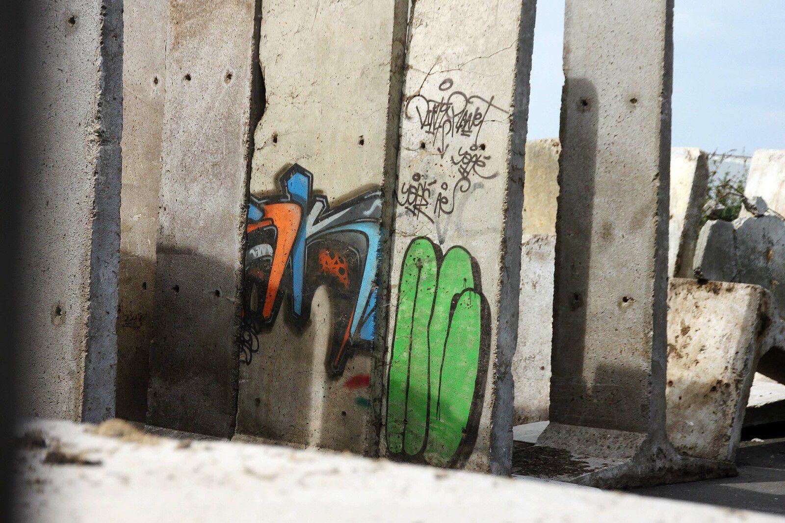 Encore du street art au port !