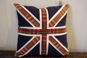 """Coussins """"Union Jack"""" à carreaux"""