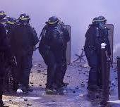 Le gouvernement entérine une commande de 40 000 NOUVELLES GRENADES pour les forces de l'ordre