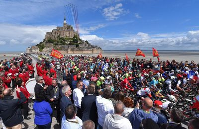 LE TOUR DE FRANCE 2016  PART DU MONT SAINT MICHEL