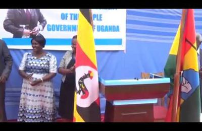 Besigye swears in as new president of Uganda
