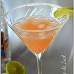 Cocktail Paloma (téquila & jus de pamplemouse rose) Mexique