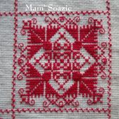 SAL : Plaid Broderie Rouge... Grille 42/M5 - Chez Mamigoz