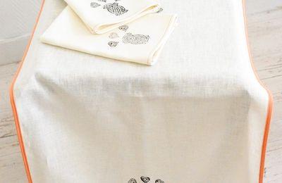 Deux Chemins de table et serviettes