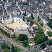 Château des ducs de Bretagne - Wikipédia