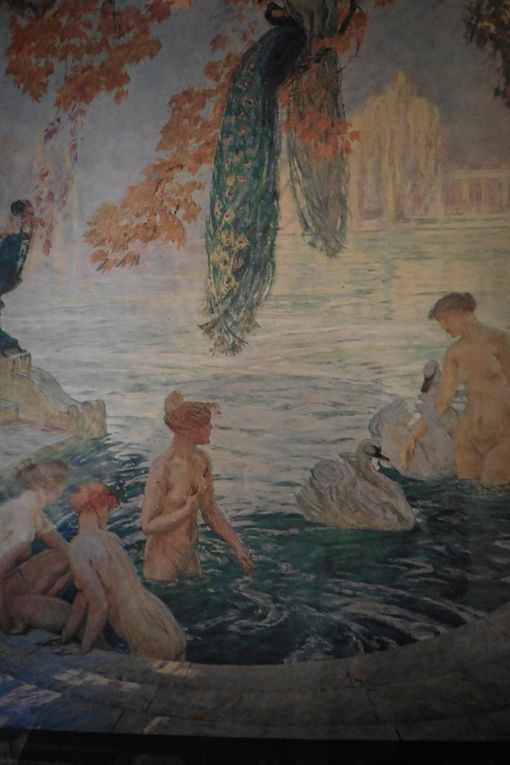 Women painted by Guillonnet.