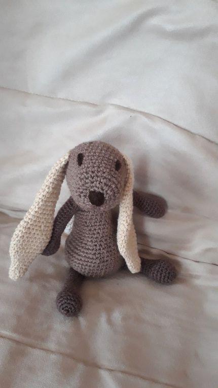 Emma, maman lapin au crochet