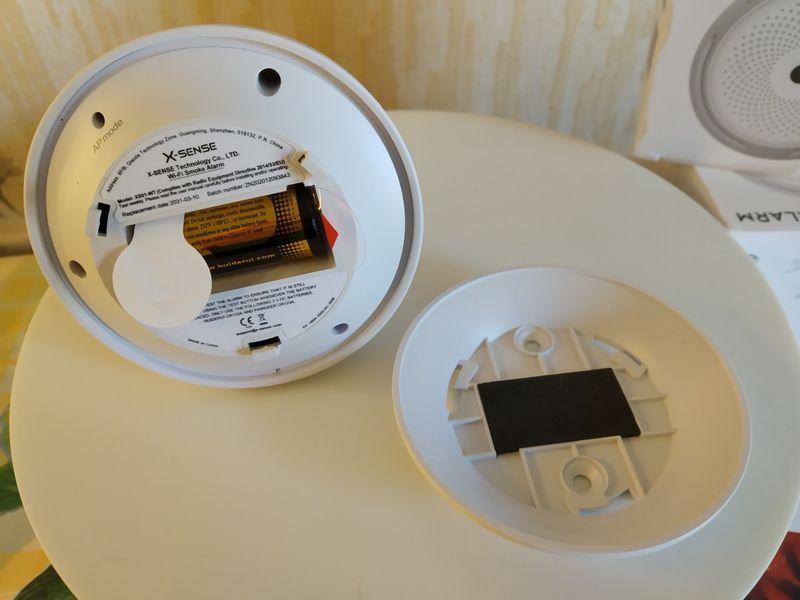 unboxing du détecteur de fumée connecté X-Sense XS01-WT @ Tests et Bons Plans