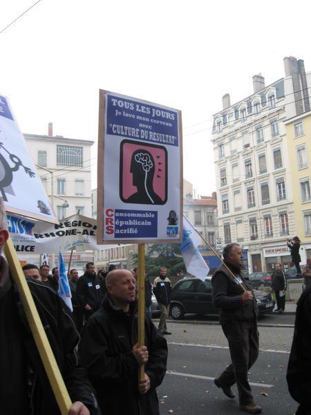 Manif des policiers du syndicat UNSA, le mardi 20 novembre 2007.