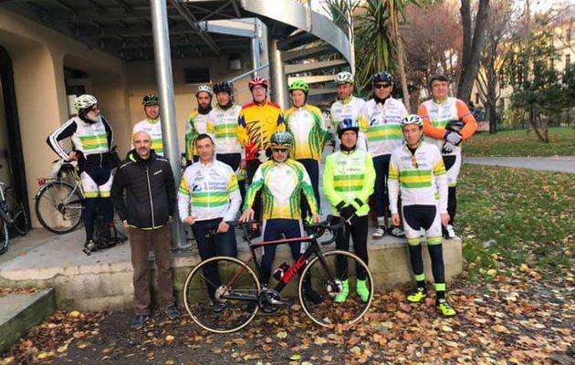 Les Cyclos du Vélo Club Randonneurs de LÉZIGNAN CORBIÈRES ont pédalé pour la bonne cause