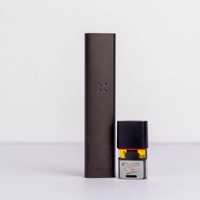 What Are The Differences Between The PAX 2 and 3 Vaporisers?