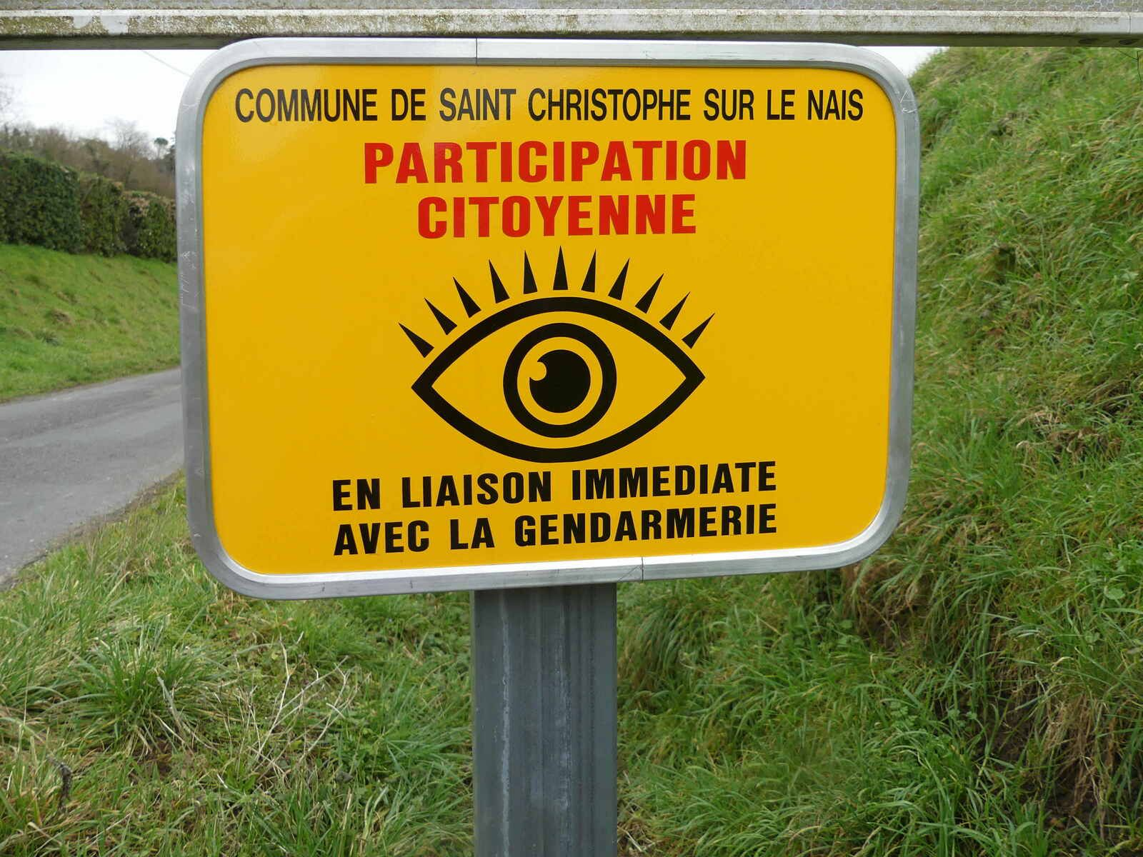 Saint-Christophe-sur-le-Nais, village  estampillé « Participation citoyenne »