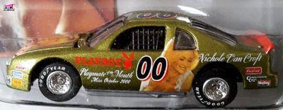 chevrolet-monte-carlo-nascar-1995-nichole-van-croft-playmate-of-the-month-october-miss-playboy-2000-johnny-lightning