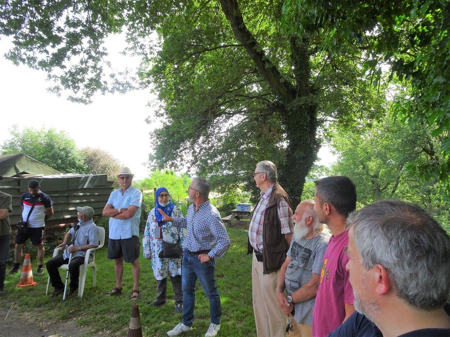Le Maire de Saint-Jean-Bonnefonds  visite la section Poyeton