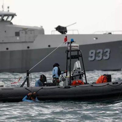 Crash en Indonésie – Un navire du chantier Ocea retrouve une boîte noire du vol