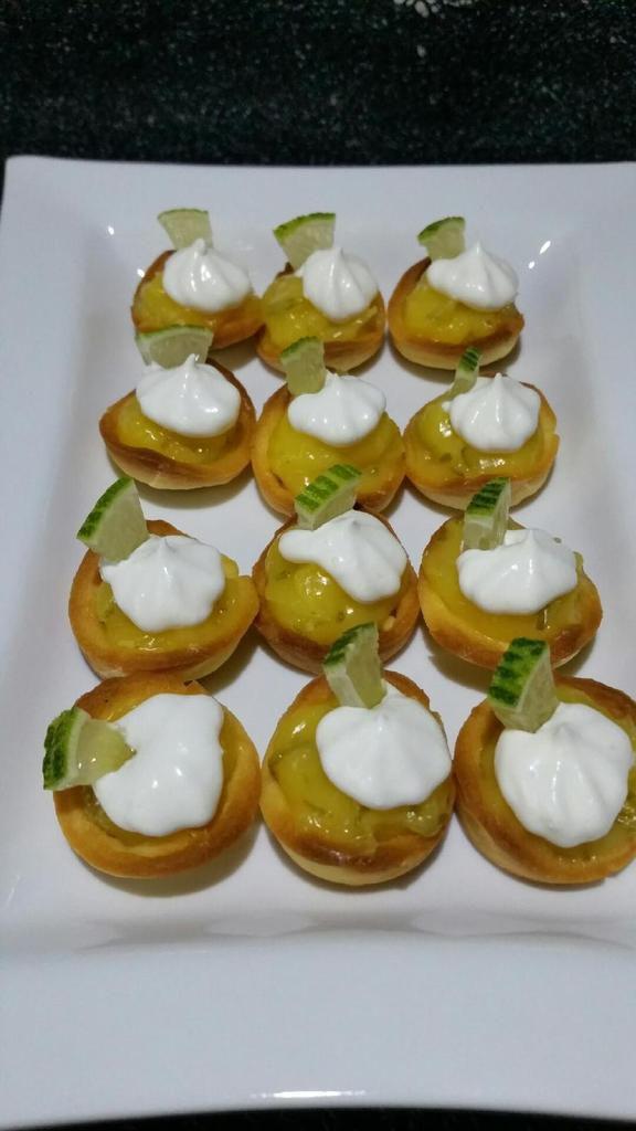 mini-tartelettes façon mojito lime-curd et chantilly menthe