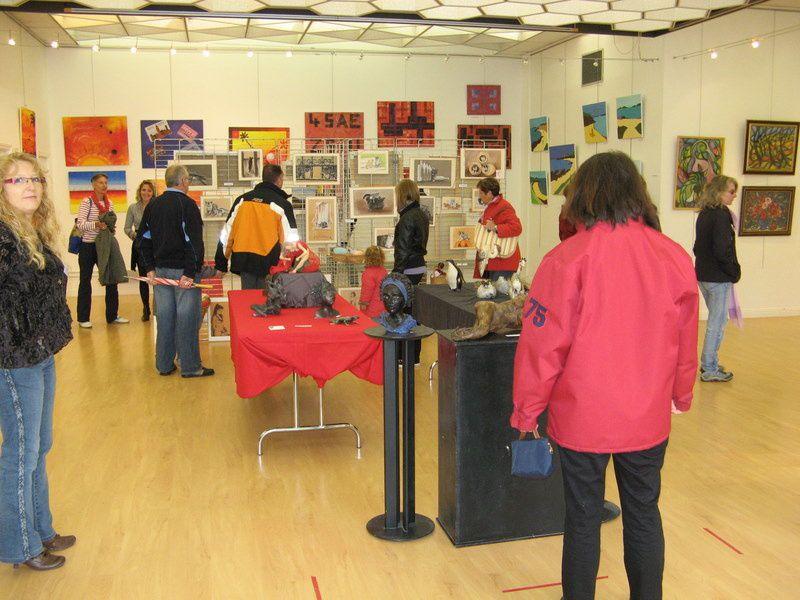 En avril 2009 à la salle d'expo de la mairie de Carnac