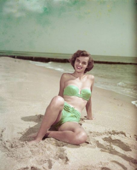Bunny Yeager