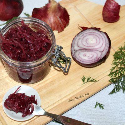 Chutney savoureux aux oignons rouges