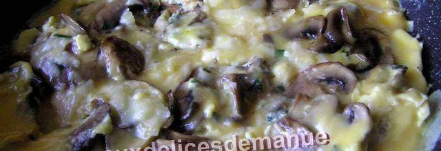 Omelette aux champignons de Paris et parmesan