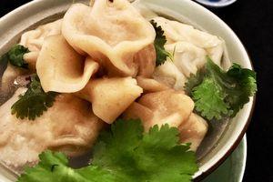Soupe Wan Tan à notre façon ou la recette à 6 mains de ma bande...