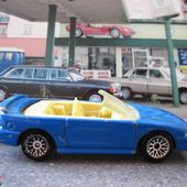 1996 MUSTANG GT CONVERTIBLE HOT WHEELS 1/64 - FORD MUSTANG CABRIOLET 1996 - car-collector.net