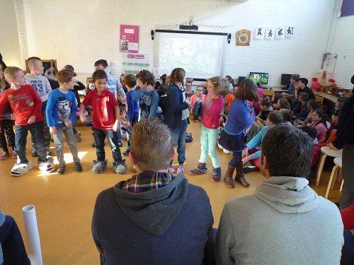 Première journée dans l'école de Nieuw Namen