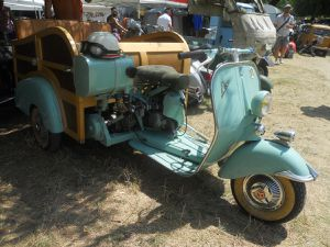 INTERNATIONAL CLASSIC SCOOTERS FESTIVAL 2015 à MORMOIRON (84)