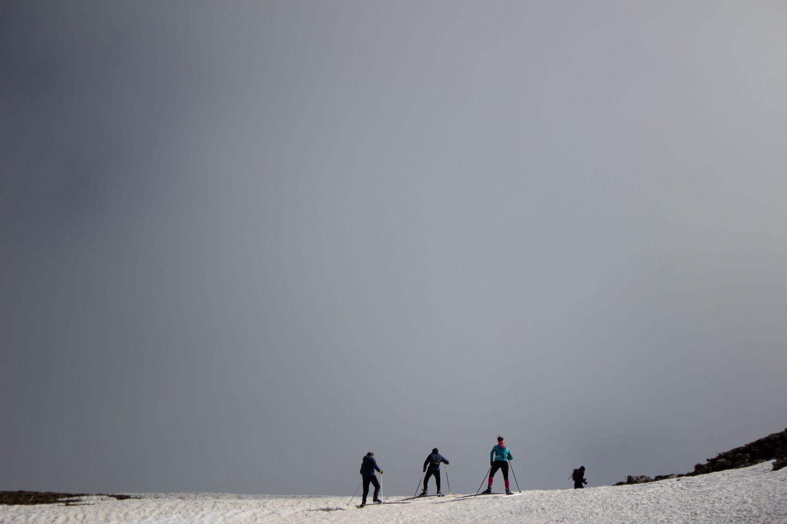 Quelques photo du week-end de 10-11 avril sur les hauts plateaux de Vercors. Simon