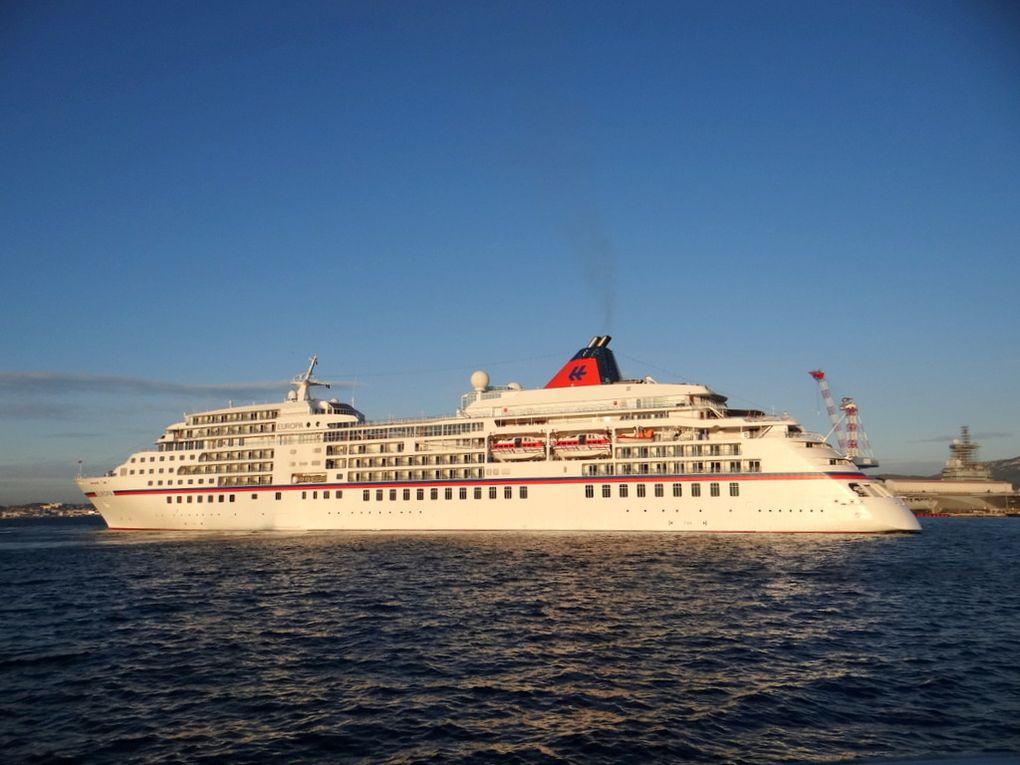 EUROPA , arrrivant au port de Toulon le 08 novembre 2017