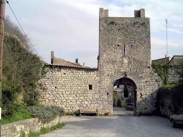 Diaporama fortifications et château de Châteauneuf du Rhône