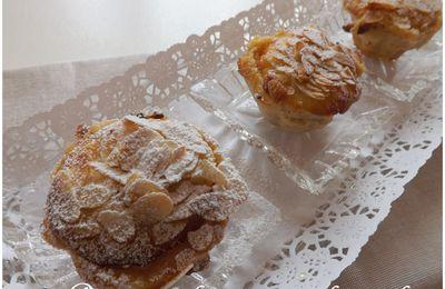 Pommes au four garnies de crème d'amandes