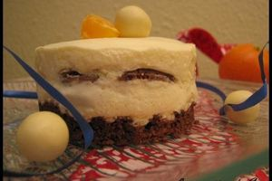 Petit entremets au clémentine curd, cookies & malteesers