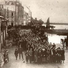 «Penn Sardin» de madame Claude Michel (grève des Sardinières, Douarnenez 1924) english subtitle