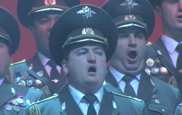 A la mémoire des victimes du crash du TU-154 du ministère russe de la Défense.
