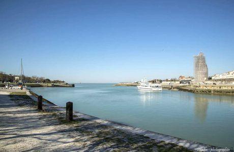 Comme un air de printemps sur le port de La Rochelle.......