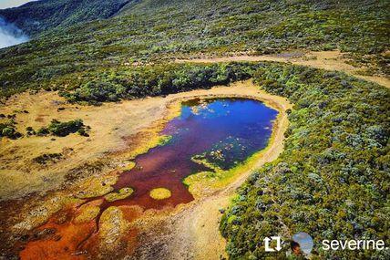 Piton Argamasse vue du ciel  Dans la région du volcan